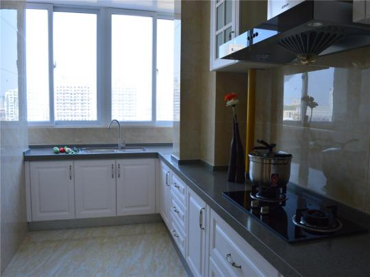 L型设计厨房