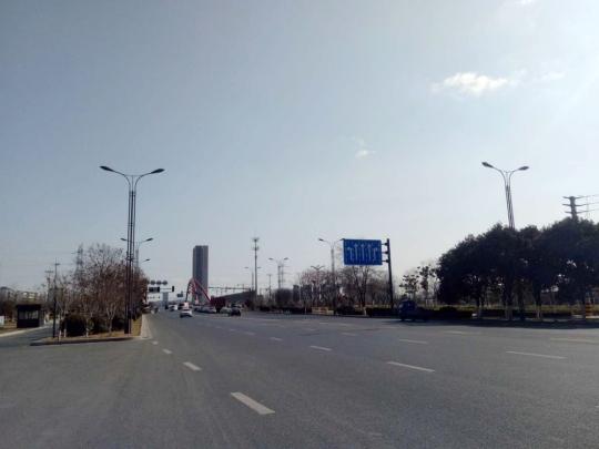 秦东门大街