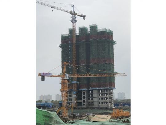 1#楼主体封顶,二次结构施工