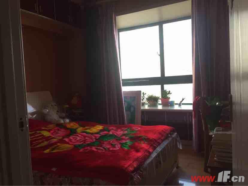 ,该房源位于九龙城市乐园,九龙城市乐园 精装婚房 送家具