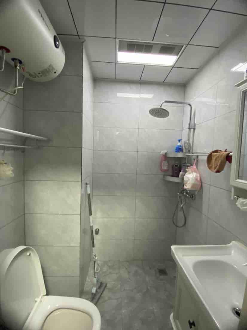 同科公寓精裝32平(ping)42萬,真(zhen)實照片