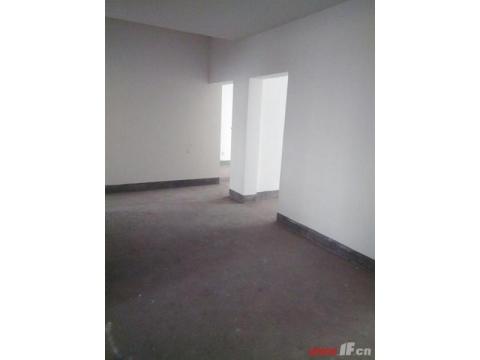 新贵都 超低价格 黄金二楼 买到就是赚到 坡道楼梯 适合