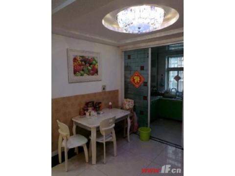 瑞锦花园125平中装三房 送家具家电 送20平储藏室       1