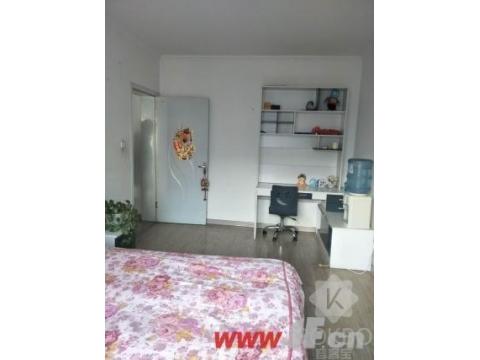 急售九龙城市乐园家具家电齐全有钥匙看房随时方便