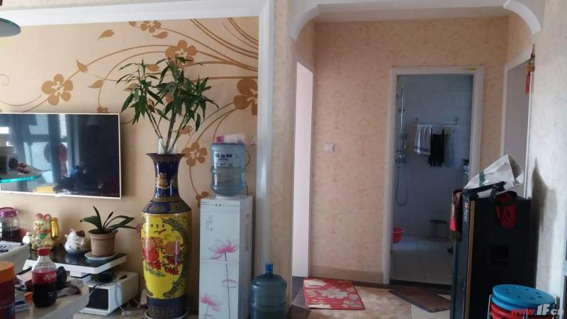 客厅图片说明(限10个字),该房源位于万象后街,万象后街,二房二厅。南北通透 看房方便。装修温馨,