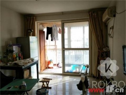 卖点本房适合刚需家庭,总价低首付低,新装婚房入住