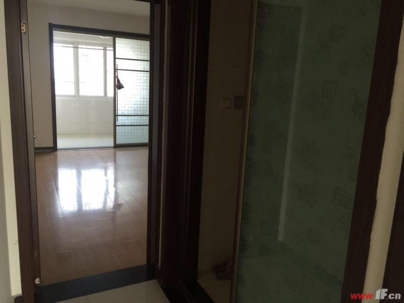 图片说明(限10个字),该房源位于金鼎海云湾,急售 金鼎海云湾 低于市场价 随时看房