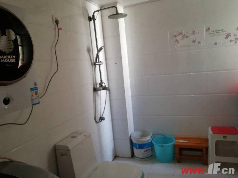 卫生间,该房源位于旺旺家缘,旺旺家缘,宋跳成熟社区,是附近企业和医院职工首选