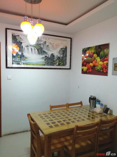 餐厅,该房源位于旺旺家缘,旺旺家缘,宋跳成熟社区,是附近企业和医院职工首选