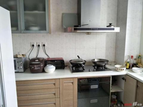 御景龙湾单价16000苍梧双学 区 房东急售精装三房紫金公