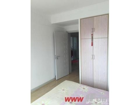 卧室、客厅都比较经济实惠!前排无遮挡,双面对中