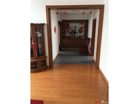 常乐新村供电局宿舍黄金楼层三室两厅送大车库送暖气