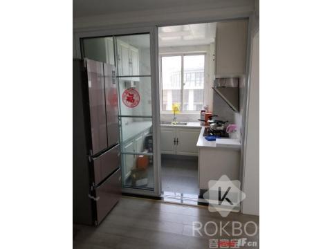 明珠万福新城小高层六楼129.5精装三室两厅