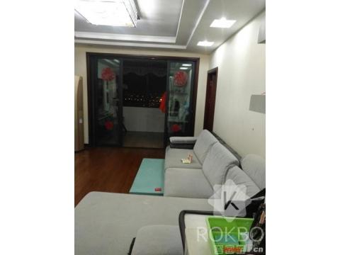 房东急售香溢江南豪华装修三室两厅138.5平送部分家具