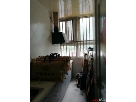 顺安馨城  小公寓出售   70年产权  装修好  随时看房