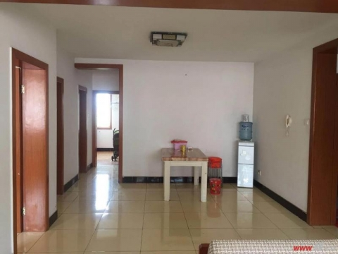 单价7800玉带新村精装修三室两厅送车库看房随时