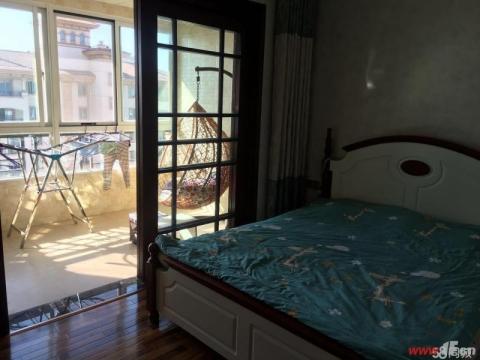 急售福港东方塞纳豪装复试五室两厅三卫送部分家具家