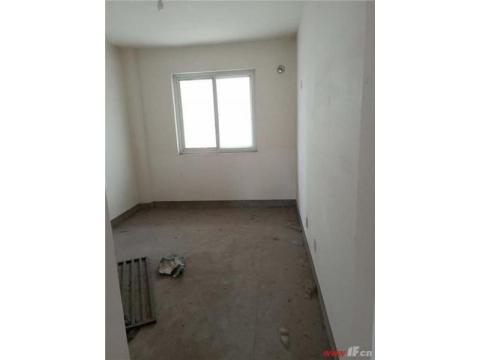 便宜好房,产证面积205,双阳台。单价自己算小区低低
